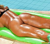 Suzy Anderson - Inner Tube - Mike In Brazil 3