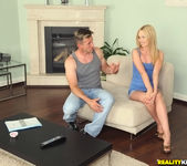 Lina Napoli - Sexy Lina - Mike's Apartment 5