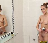 Tina Blade - Shower Love - Mike's Apartment 2