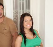 Angel Rivas - Sexy Curves - Mike's Apartment 4