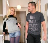Ivana Sugar - Blonde Fixation - Mike's Apartment 5
