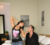 Lionees - Sweet Thing - Mike's Apartment 6