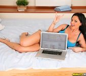 Kerry Louise - Like A Champ - Mike's Apartment 5