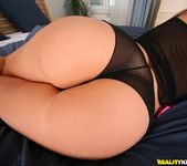 Lory - The Massage - Mike's Apartment 2