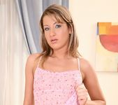 Lara - Juiciest Pink - Mike's Apartment 4