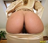 Wivien - Cum And Play - Mike's Apartment 2