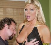 Savannah Swee - Black And Gold - MILF Hunter 3
