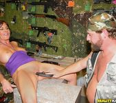 Bella Roxx - Pump Her Full - MILF Hunter 7