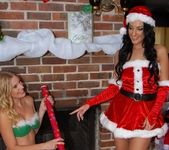 Amber Cox, Brianna Ray - Amber's Gift - MILF Next Door 5