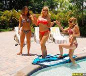 Dee Siren, Brianna Ray & Kristen Cameron - A Good Hand - MIL 2