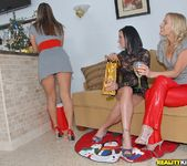 Natalie, Brianna Ray & Kristen Cameron - Christmas Cookies 2
