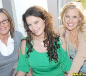 Bailey Brooks, Brianna Ray, Kristen Cameron 6