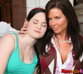 Jenna Ross, Veronica Avluv - All In - Moms Bang Teens 2
