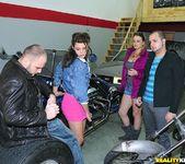 Gigi - Sports Fanny - Money Talks 5