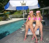 Ariel Summers & Alexis Texas - Ice Cream Bone 6