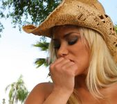 Shyla Stylez - Puss In Boots - Monster Curves 3