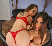 Kelly Divine & Sheila Marie - Plumpy Tits - Monster Curves 5