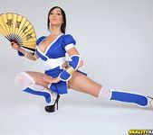 Katsuni, Shyla Jennings & Risi Simms - We Cosplay Together 2