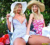 Natalie Nice, Sammie Rhodes, Sarah Vandella - Tea Time 6