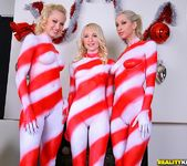 Ashley Jane, Lux Kassidy, Sammie Rhodes - Christmas Cheer 2