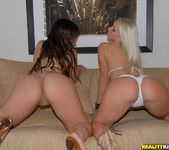 Lynn Love, Molly Cavalli - Strictly Lips - We Live Together 5