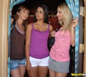 Leah Parker, Louisa Lanewood, Sammie Rhodes - Taking It Off 3
