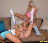 Codi Carmichael, Nikki, Sammie Rhodes - We Live Together 5