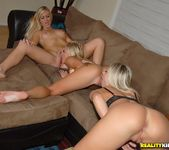 Kendra Banx, Sammie Rhodes & Nikki - We Live Together 9