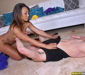 Leilani Leeane, Tatiyana Foxx - Round And Brown 9
