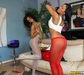 Misty Stone, Sky Banks - Body Talking - Round And Brown 3