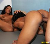 Misty Stone, Sky Banks - Body Talking - Round And Brown 11