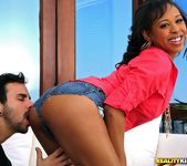 Brooklyn Carter - Cumming To Please - Round And Brown 3