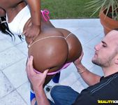 Zena - Sweet As Pie - Round And Brown 6