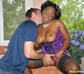Samone Taylor - Ohh My Goodness - Round And Brown 8