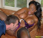 Samone Taylor - Ohh My Goodness - Round And Brown 9