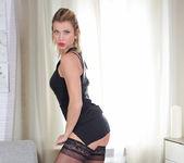 Rita - Busty Babe - Anilos 3