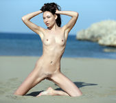 Hot Sand - Lila - Watch4Beauty 13