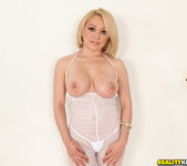 Daisy Daniels - Body On Daisy - Monster Curves 6