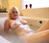 Marilyn Moore - Nubiles 20