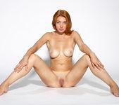 Yanina - naked artistic photoshoot 16