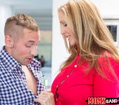 Julia Ann, Natalia Starr - Do It To It - Moms Bang Teens 2