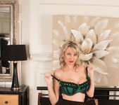 Roxy Jay - Naughty Lady - Anilos 10