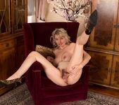 Roxy Jay - One Hairy Pussy 21