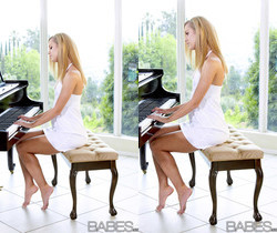 The Piano Lesson - Jessie Rogers