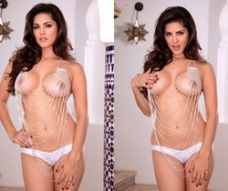 Sunny Leone Gives You An Amazing View Of Her Pussy