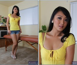 Evelyn Lin - My Naughty Massage