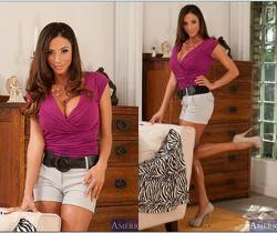 Ariella Ferrera - Seduced By A Cougar