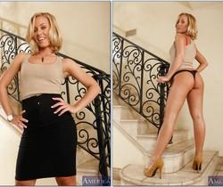 Nicole Aniston - Naughty Rich Girls