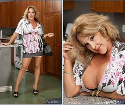 Kandi Cox - My Friend's Hot Mom