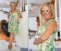 Annabelle Brady - My Friend's Hot Mom